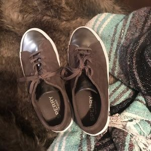 Sperry Tennishoes